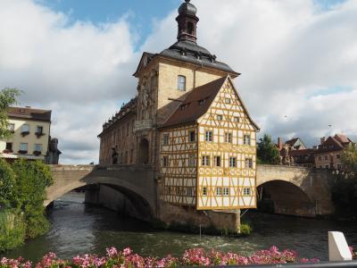 2018夏のドイツ旅(その4)4日目 バイエルン州バンベルク・・新宮殿のガイドツアーと燻製ビール♪
