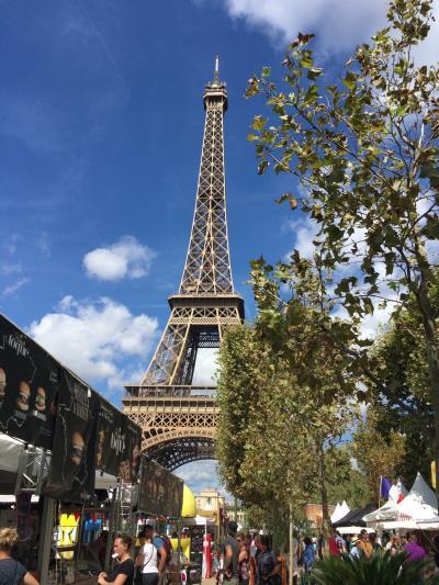 夏休み  ★フランスふたたび★ その5 エッフェル塔 オペラ・ガルニエ そして改札で挟まれる