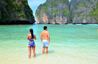クラビに行ってみた(華麗なる島巡り編) アンダマン海の楽園「ピピ島」で Dive to Emerald Green !!  オッサンネコの一人旅