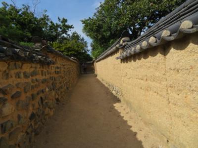 韓国 「行った所・見た所」 安東河回マウル内を散策しました