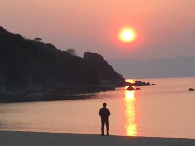瀬戸内海  白石島のお多福旅館に泊まり、美味しい魚料理をいただきました。