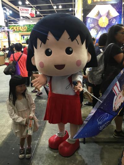 2018夏休み香港♪ ③フードエキスポでつい魔が差して大きなお土産買っちゃったー!・・明日、関空で走れないじゃん!