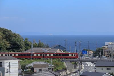 京浜急行で唯一海が望めるスポットとネイビーバーガーを食べにに行ってきました!