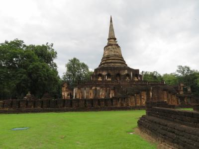 タイ旅行3日目(チェンマイから移動しスコータイ観光)