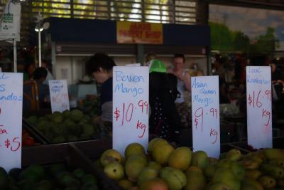 【ケアンズ旅行記2日目(2):暮らすように旅を。~Rusty's Market】子供2人とおばあちゃんを連れて・・・完全個人手配で楽しみ尽くすぞ♪