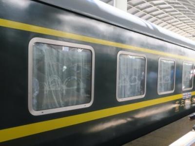チベット旅行2日目:青蔵鉄道寝台列車に乗って西寧から拉薩へ