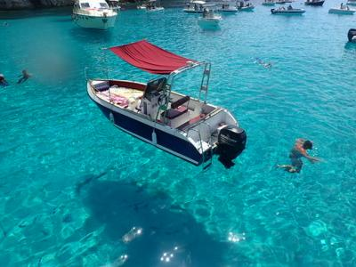 一生に一度は見たい絶景に、私的ベストな到達方法~ランペドゥ-サ島~