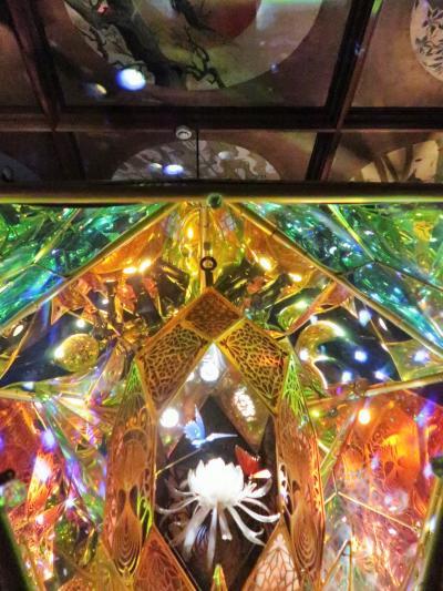 目黒-7 和のあかり展 ≪草丘の間≫ 光と反射の空間 ☆光と影・生と死をテーマに