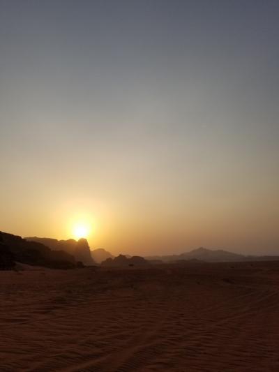 ヨルダンで初めての砂漠キャンプ@ワディラム