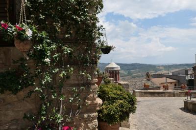 美しき南イタリア旅行♪ Vol.175(第6日)☆Santa Severina:美しき村「サンタ・セヴェリーナ」古城の周りを歩く♪