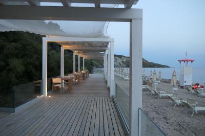美しき南イタリア旅行♪ Vol.183(第6日)☆Praialonga:「Praia Art Resort」美しいリゾートビーチ♪