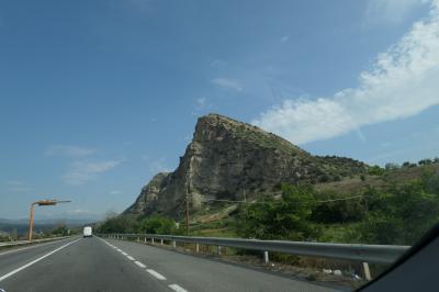 美しき南イタリア旅行♪ Vol.188(第7日)☆緑豊かな「サン・ジョヴァンニ・イン・フィオーレ」通過して「カストロヴィッラリ」へ♪