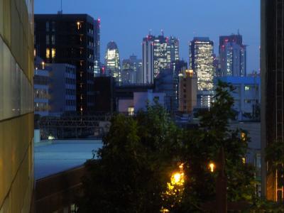 池袋駅南口付近から見られる風景