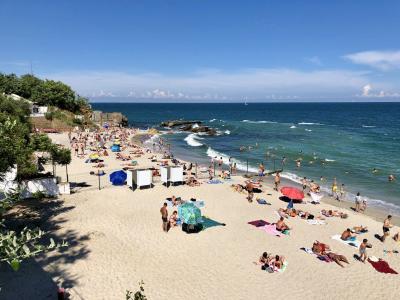 131. 夏休みウクライナ Day2 オデッサのビーチを堪能&寝台列車で移動
