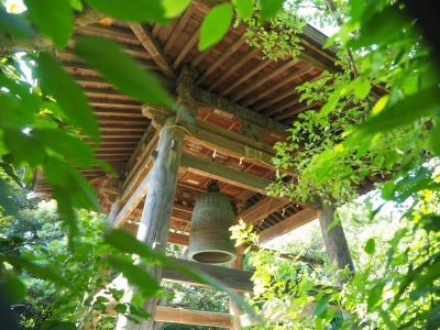 宝戒寺 鎌倉幕府執権 北条氏を弔う為に建てられた寺院へ・・いつも この静かさに緊張します。