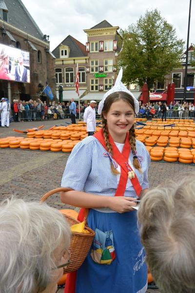 秋のドイツ&オランダ アルクマールのチーズ市編 前半
