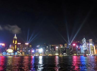 憧れの地・香港を歩く その1 ~羅湖からの入国と夜景、時々ご飯~