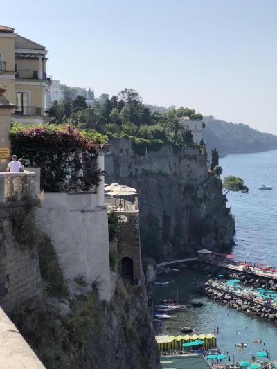 ナポリ・ソレント 「怖かったナポリのタクシー、ボッタくり、いや、あれはもうカツアゲだって・・」