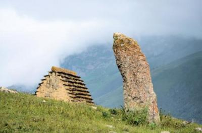 6 北オセチア共和国のツィミティ遺跡の旅: 北コーカサス4ヶ国(ダゲスタン、チェチェン、イングーシ、北オセチアーアラニア)の旅