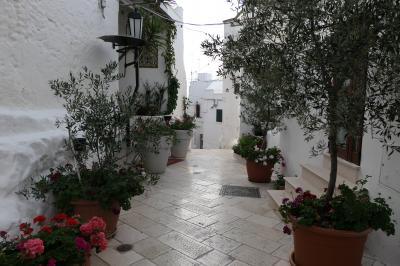 美しき南イタリア旅行♪ Vol.261(第8日)☆Ostuni:美しい「オストゥーニ旧市街」優雅にさまよい歩く♪