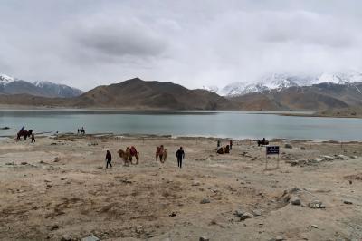 シルクロード新疆ウイグルへの旅・・・パミール高原カラクリ湖