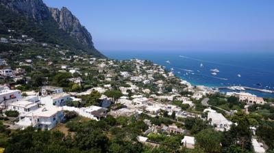 ナポリ・カプリ島・ソレント編 夏の最盛期に行くヨーロッパ (2)イタリア