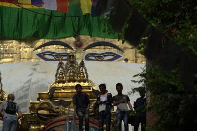 ネパール8日間、カトマンズ観光。スワヤンブナードとカトマンドゥ旧市街編。