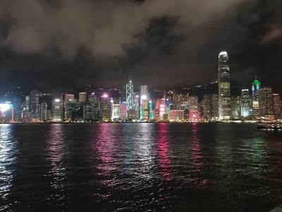 思い立ってお盆にビジネスクラスで香港へ飛び込む。