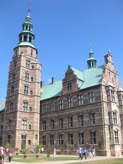 夫婦で欧州クルーズついでにモスクワ16日間 NO4 コペンハーゲンの街を一日楽しむ