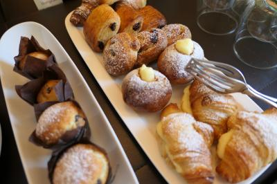 美しき南イタリア旅行♪ Vol.302(第10日)☆Ostuni:オストゥーニ高級ホテル「La Sommita Relais」優雅な朝食♪