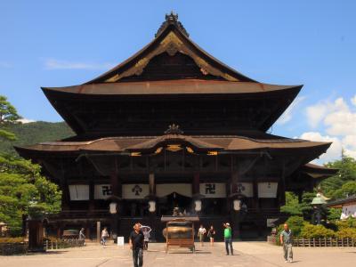 善光寺 一度は行きたい長野県の国宝「善光寺」牛に引かれて善光寺参り で有名な日本を代表するお寺のひとつ~⑤