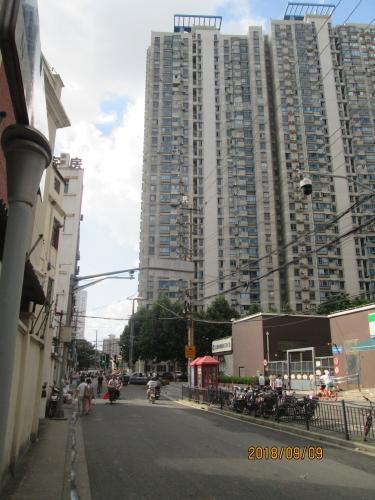 上海の下街・跨龍路(十六舗内)・2018年