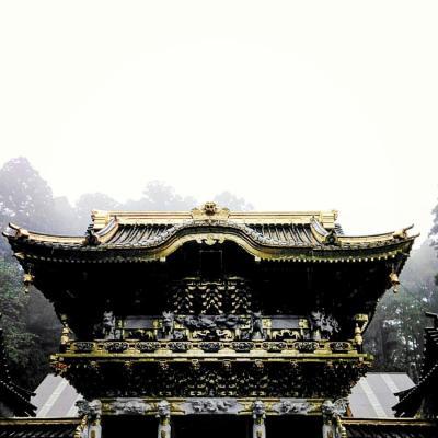 霧の日光東照宮の神々しさに感動