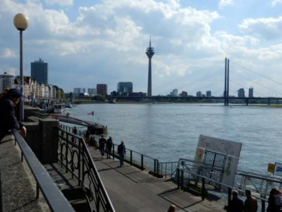 2018GW NRW州とモーゼル川沿いの旅 【9】デュッセルドルフその2 ライン河畔歩き