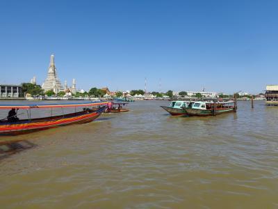バンコクの「水上バス」