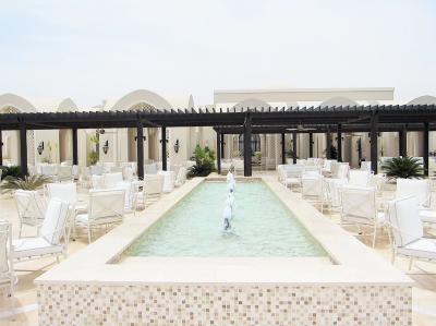 エティハド航空 ビジネスクラス[アブダビ→カイロ] エジプト航空[カイロ→シャルムエルシェイク] エジプトの最新リゾートホテル【Steigenberger Alcazar】  UAE&エジプト3