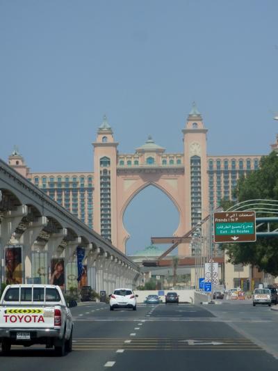 ドバイコネクト+2時間バスツアー @アラブ首長国連邦