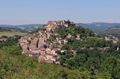 南仏の美しい村とラヴェンダー畑を巡る旅(1)天空の城塞都市《コルド・シュル・シエル》☆Cordes-sur-Ciel