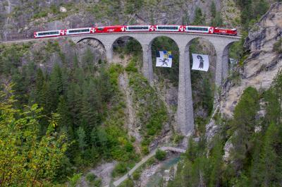 スイス・イタリア オーダーメイド鉄道旅行 (3)サンモリッツ、ランドヴァッサー橋