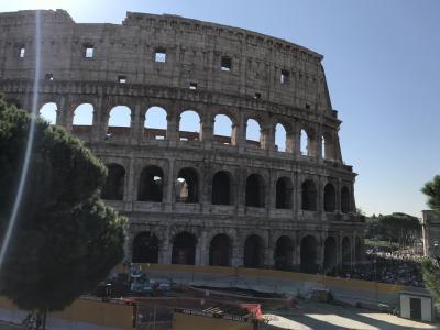 イタリア ローマ。ドバイ、アブダビにて寄り道。