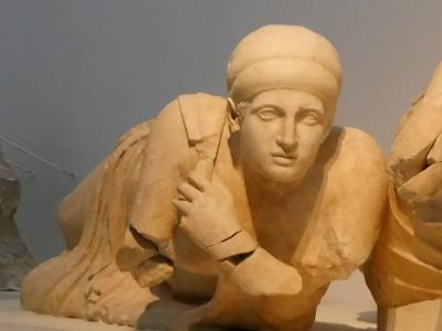 2018.8ギリシアザキントス島,ペロポネソス半島ドライブ旅行19-オリンピア考古学博物館2