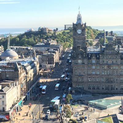 ロンドンから列車でスコットランドへ!『北のアテネ』と呼ばれるエジンバラは見どころ満載