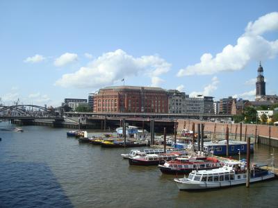ドイツ最大の港町ハンブルク
