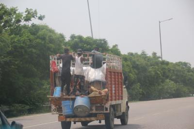 スリランカ子連れ旅行 ~おまけにバンコクとタージ・マハルも~ (8)6日目<インド編1日目>