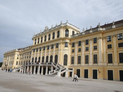2018年夏旅はウィーン・ブラチスラバへひとり旅!③シェーンブルン宮殿とナッシュマルクトめぐり