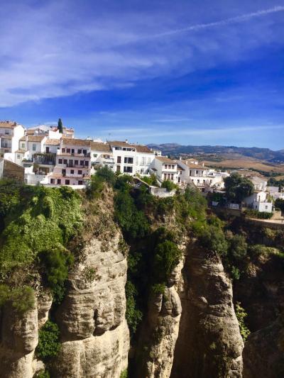 スペイン・マラガをちょっとだけ☆留学中のhibiscusさん、絶壁の白い村・ロンダへ