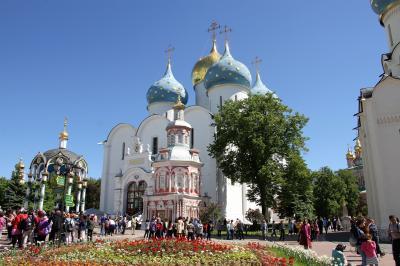 嬉しい誤算続きのロシア旅行 2 ロシア正教の大本山、セルギエフ・ポサードのトロイツェ・セルギエフ大修道院を訪ねて