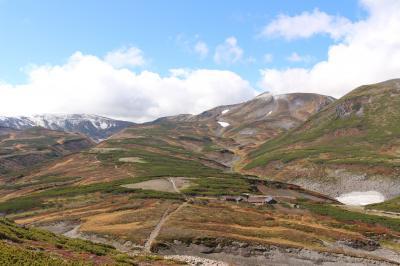 北海道・黒岳へ。紅葉目的でしたが、大雪山の雄大な風景に圧倒されてしまいました。
