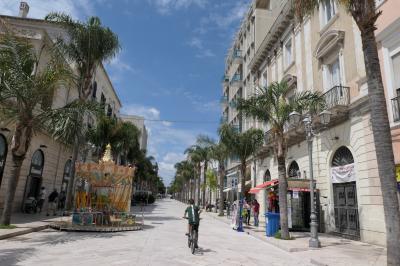 美しき南イタリア旅行♪ Vol.457(第17日)☆Brindisi:ブリンディジ旧市街へ優雅に歩く♪