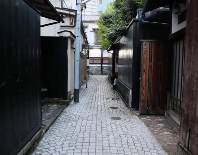 東京神楽坂散策・・歴史とモダンが共存する街、神楽坂をめぐります。